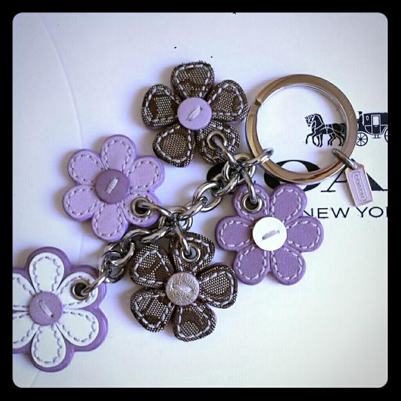62f0af675b5 Coach Leather Flower Keychain Fob Purse Charm NWOT